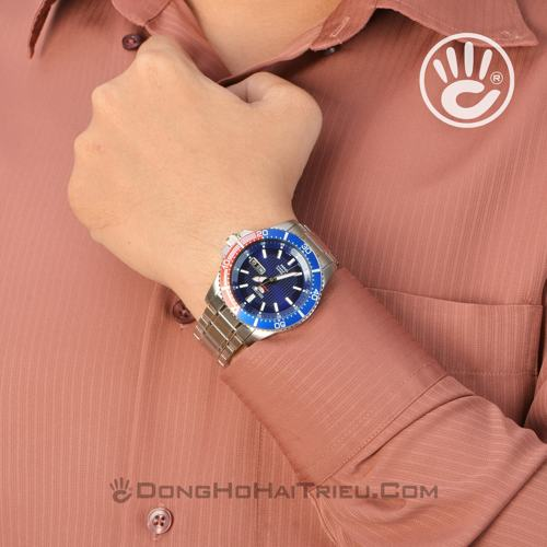 thoi-trang-the-thao-voi-dong-ho-seiko-5-automatic-sp2-SRP551K1
