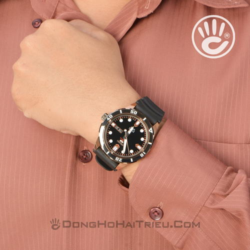 thoi-trang-the-thao-voi-dong-ho-seiko-5-automatic-sp4-SRP680K1