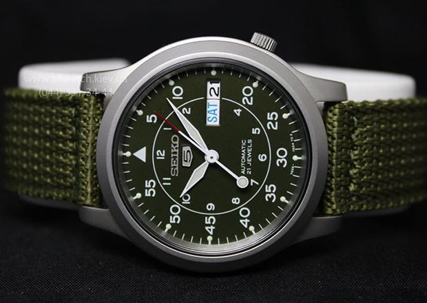 2 săn lùng và sưu tập phiên bản đồng hồ seiko 5 cổ